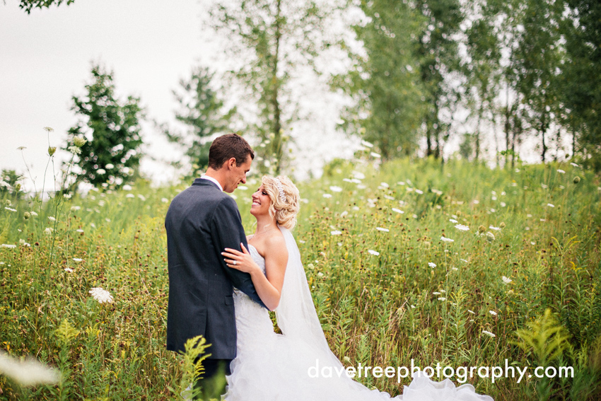 grand_rapids_wedding_photographer_pinnacle_center_wedding_03