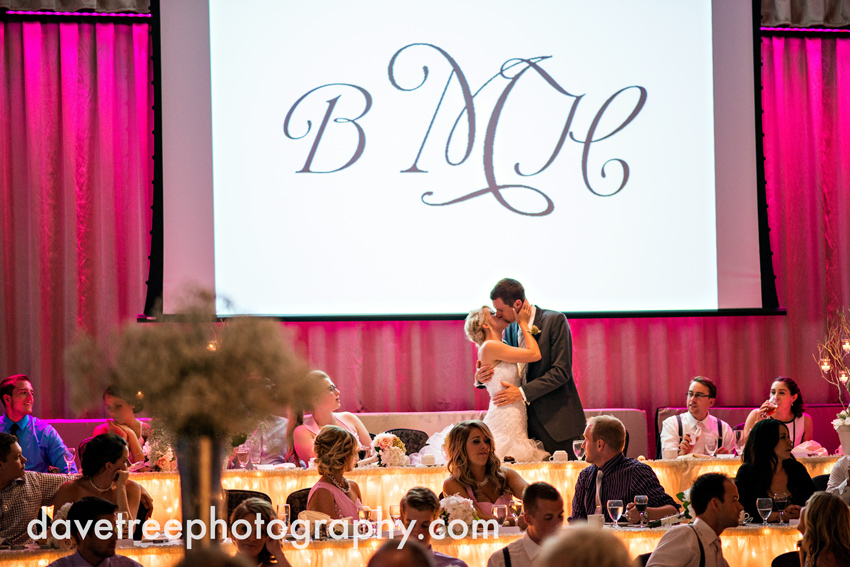 grand_rapids_wedding_photographer_pinnacle_center_wedding_074