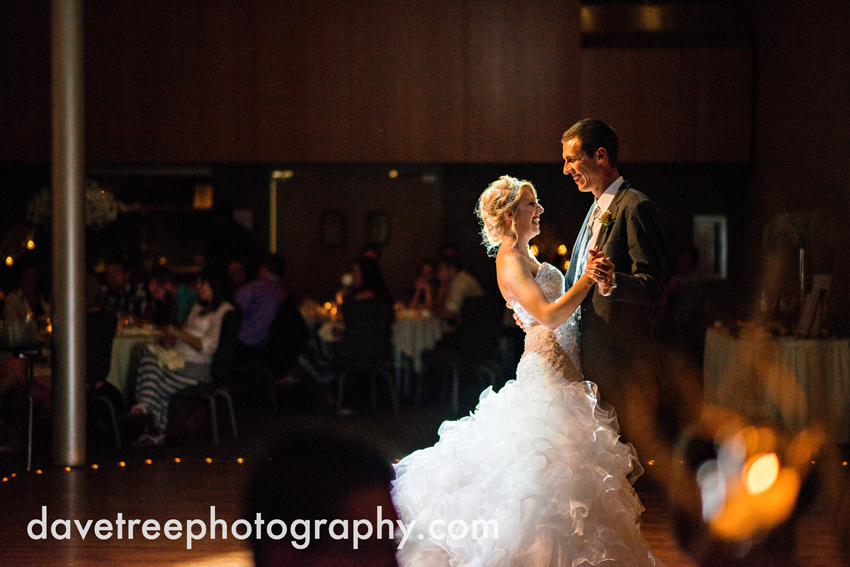 grand_rapids_wedding_photographer_pinnacle_center_wedding_077