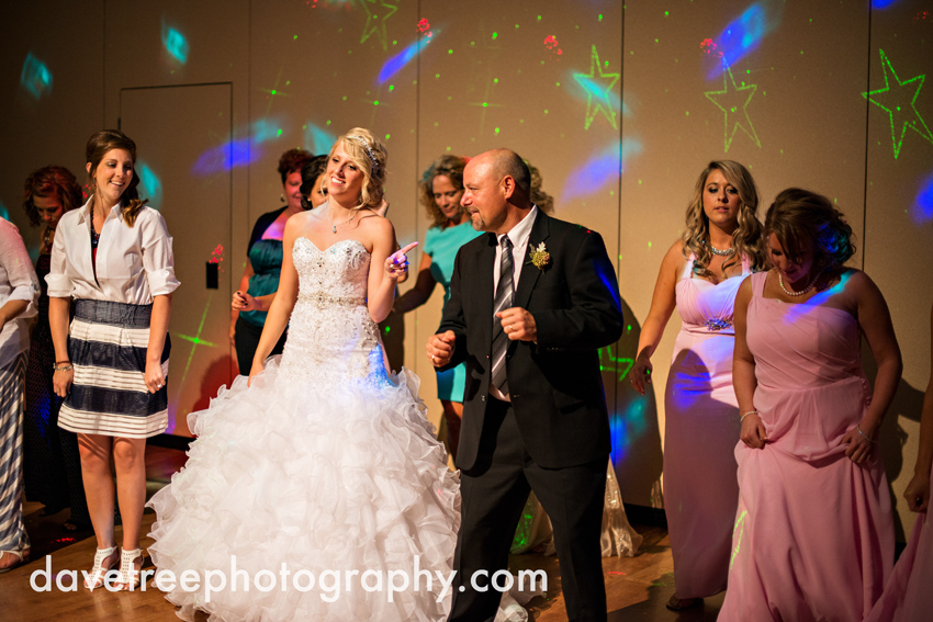 grand_rapids_wedding_photographer_pinnacle_center_wedding_085