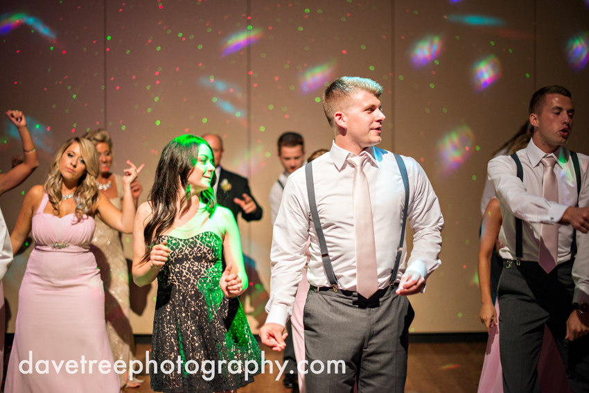 grand_rapids_wedding_photographer_pinnacle_center_wedding_086