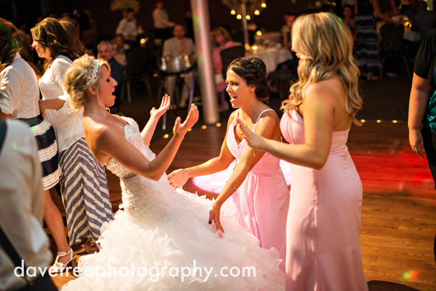 grand_rapids_wedding_photographer_pinnacle_center_wedding_087