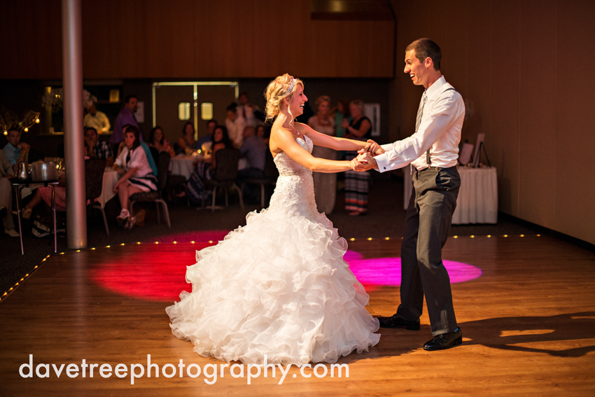 grand_rapids_wedding_photographer_pinnacle_center_wedding_088