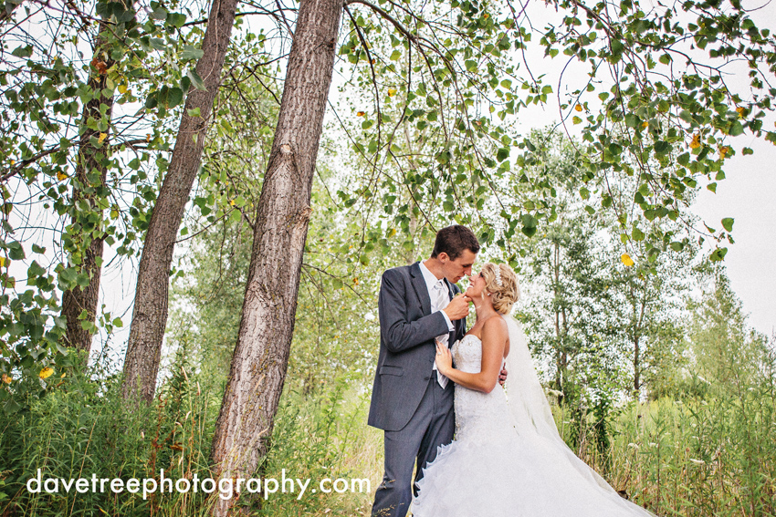 grand_rapids_wedding_photographer_pinnacle_center_wedding_09