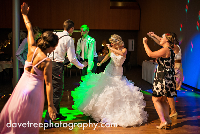grand_rapids_wedding_photographer_pinnacle_center_wedding_093