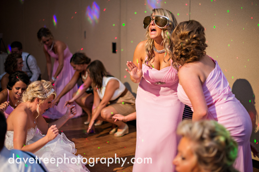 grand_rapids_wedding_photographer_pinnacle_center_wedding_095
