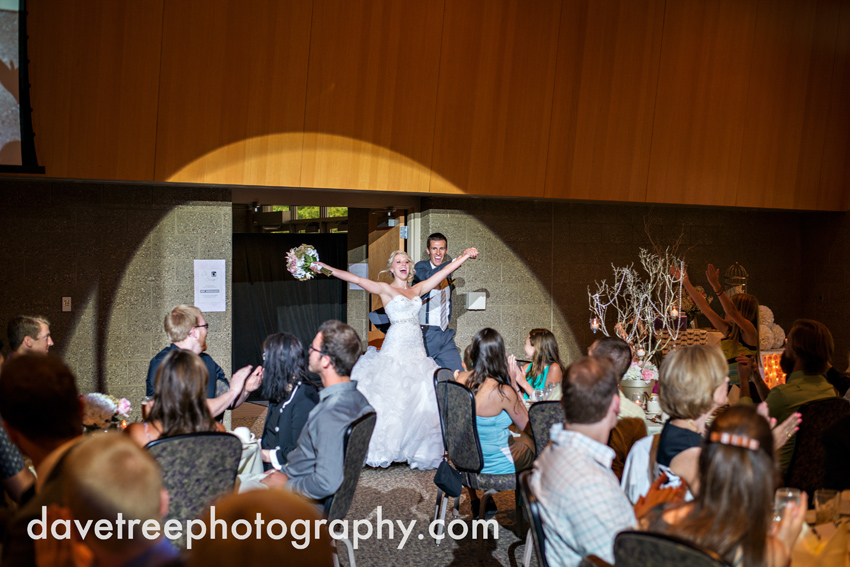 grand_rapids_wedding_photographer_pinnacle_center_wedding_098