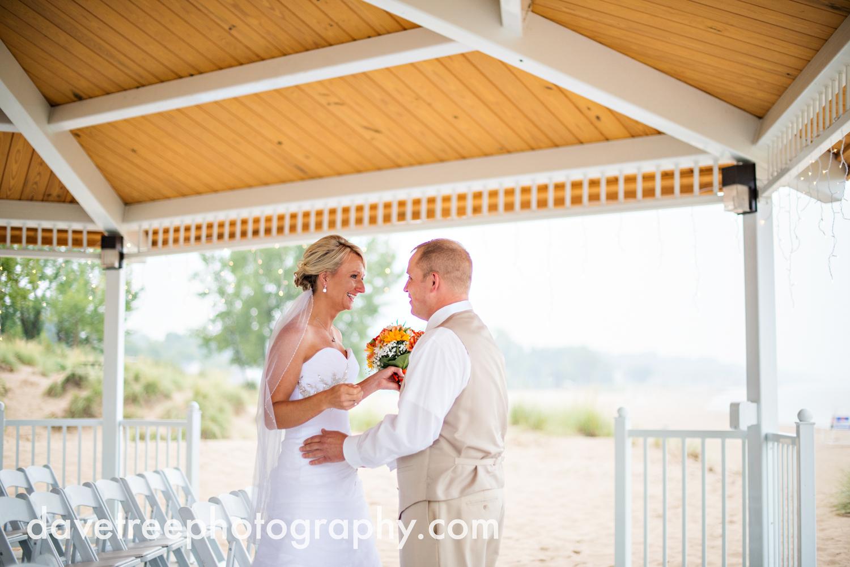 lake_michigan_wedding_photographer_st_joseph_33.jpg