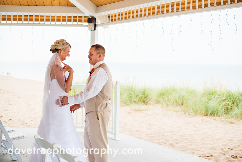 lake_michigan_wedding_photographer_st_joseph_38.jpg