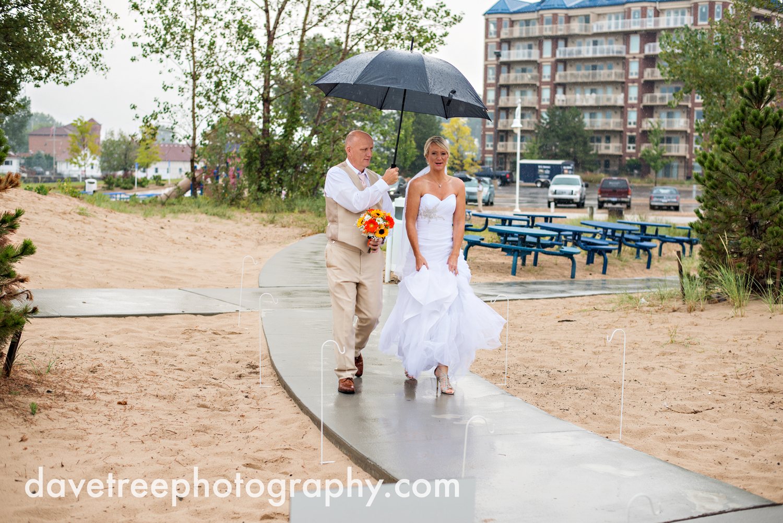 lake_michigan_wedding_photographer_st_joseph_37.jpg