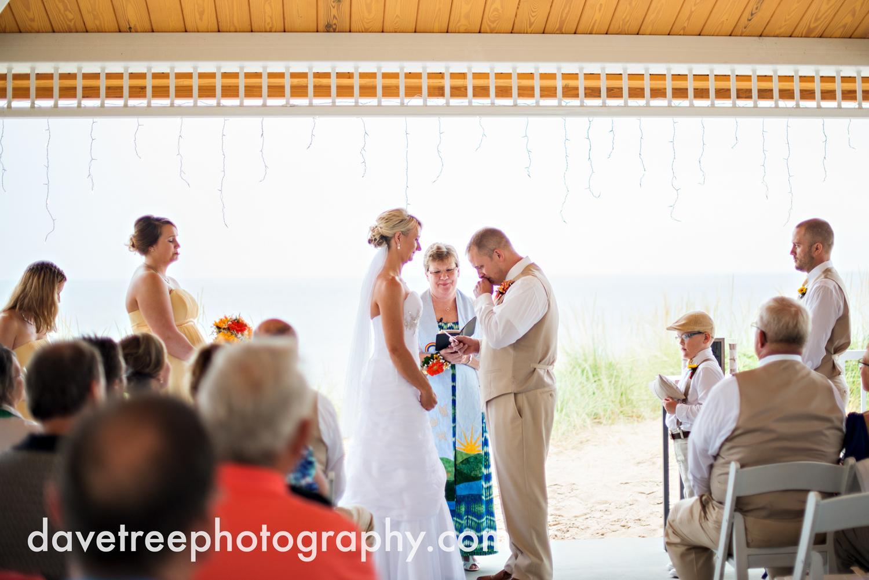 lake_michigan_wedding_photographer_st_joseph_14.jpg