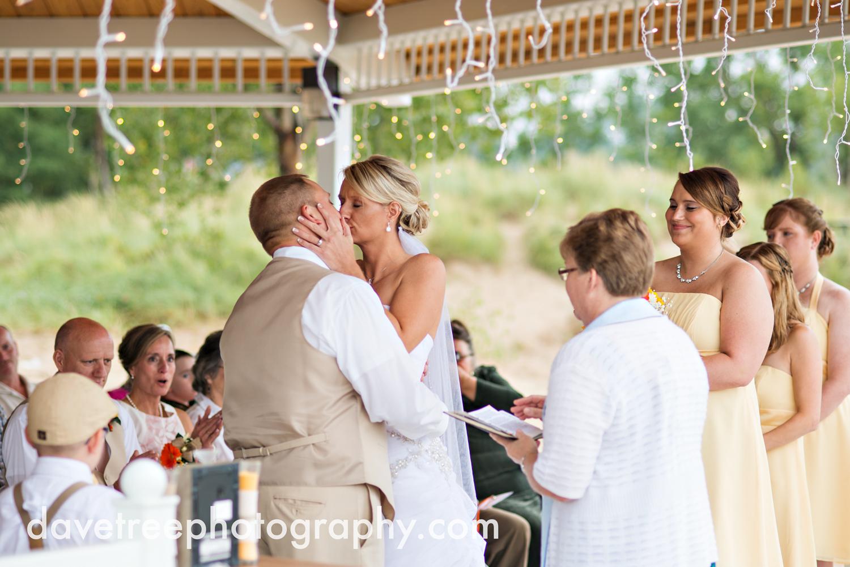 lake_michigan_wedding_photographer_st_joseph_21.jpg