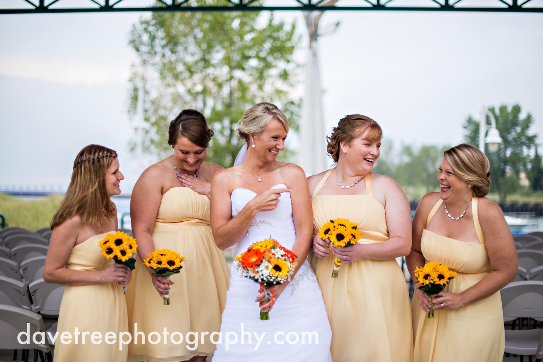 lake_michigan_wedding_photographer_st_joseph_39.jpg