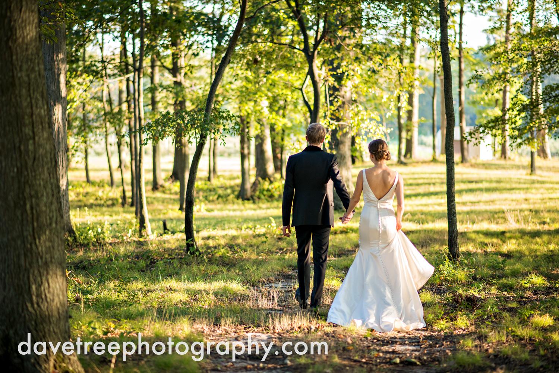 northern_michigan_wedding_photographer_grand_haven_wedding_photographer_22.jpg