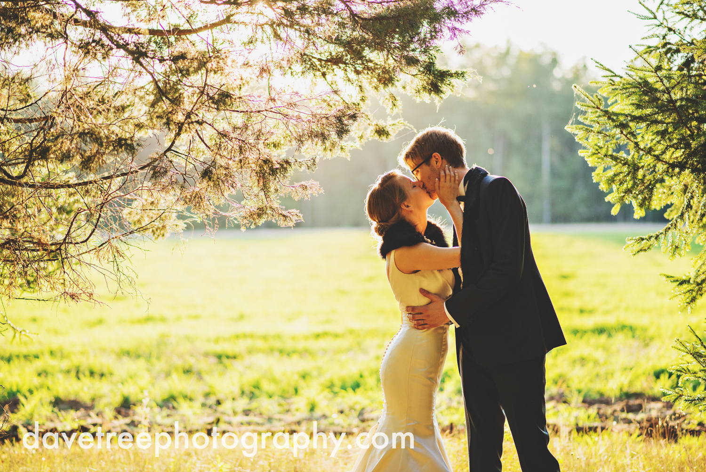 northern_michigan_wedding_photographer_grand_haven_wedding_photographer_28.jpg
