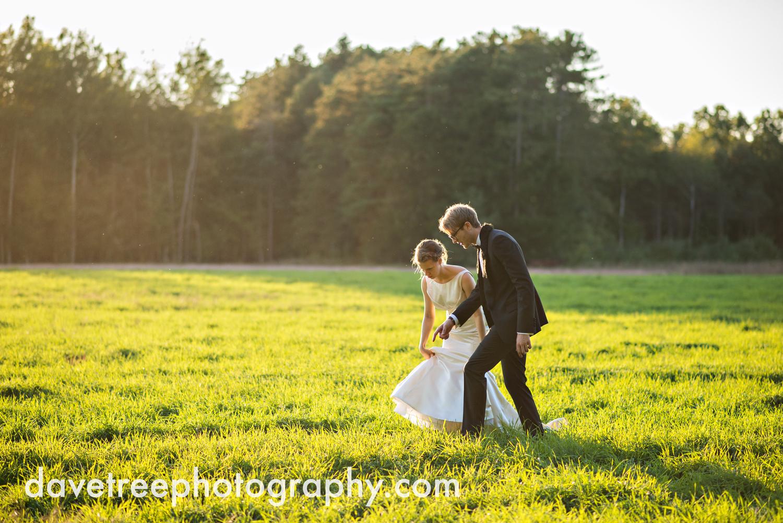 northern_michigan_wedding_photographer_grand_haven_wedding_photographer_29.jpg