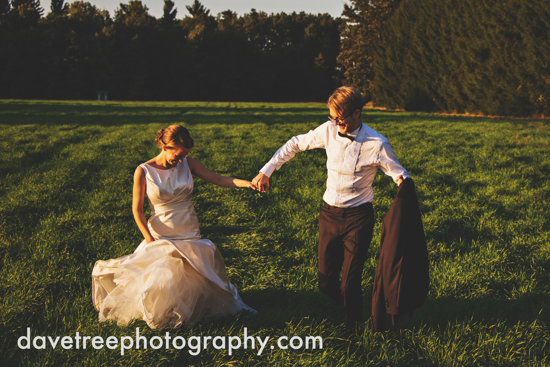 northern_michigan_wedding_photographer_grand_haven_wedding_photographer_56.jpg
