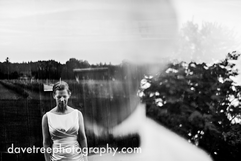 northern_michigan_wedding_photographer_grand_haven_wedding_photographer_38.jpg