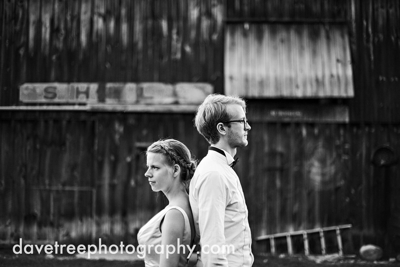 northern_michigan_wedding_photographer_grand_haven_wedding_photographer_40.jpg