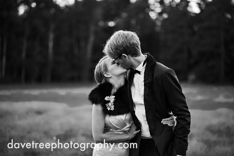 northern_michigan_wedding_photographer_grand_haven_wedding_photographer_45.jpg