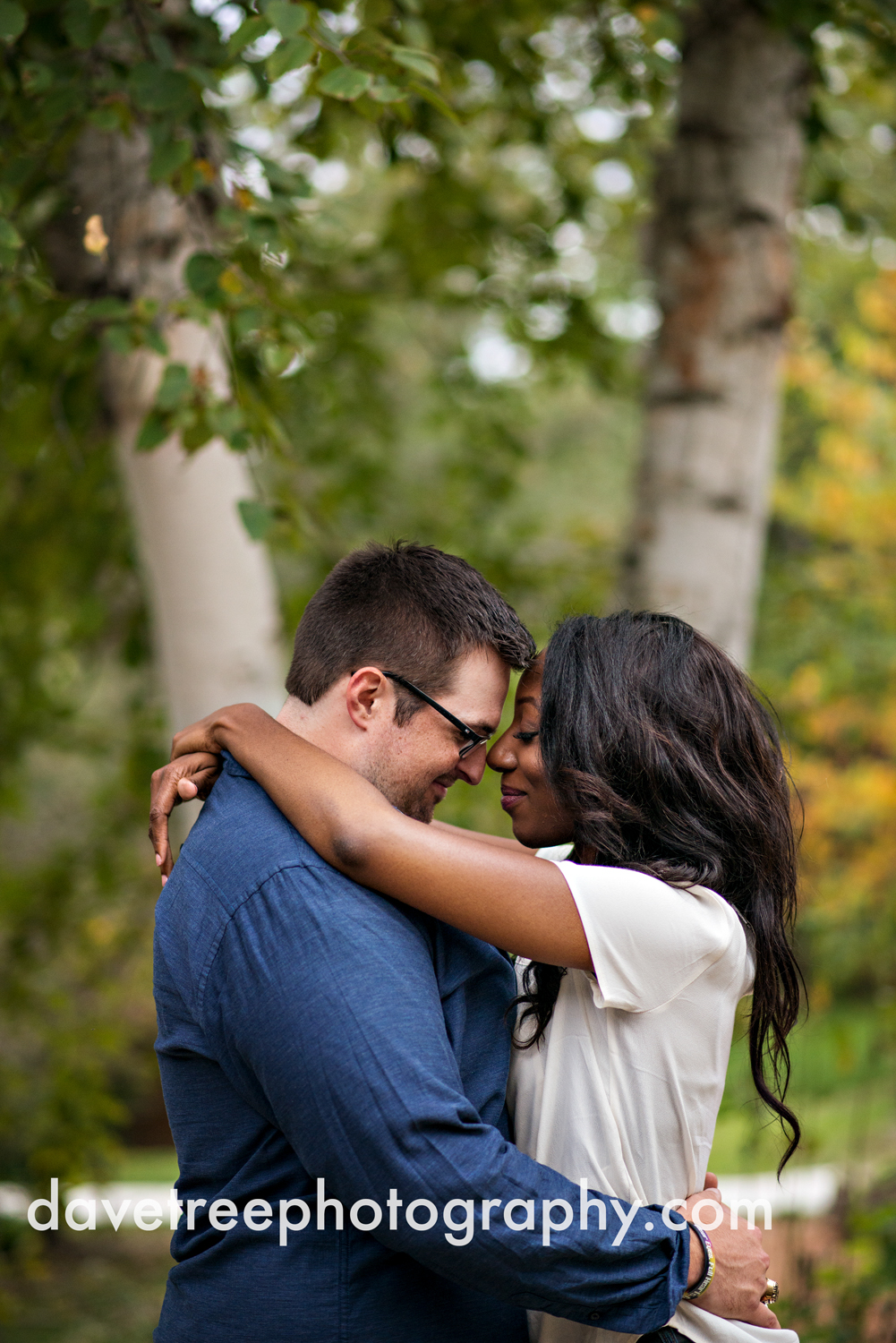 kalamazoo_wedding_photographer_kalamazoo_engagement_photographer_12.jpg