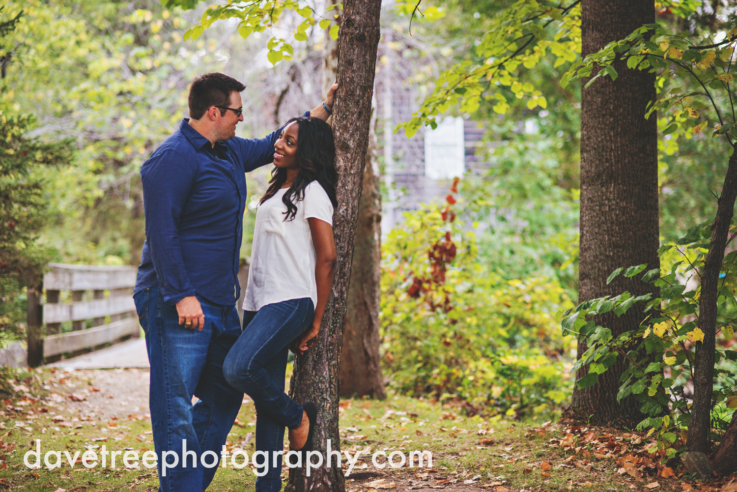 kalamazoo_wedding_photographer_kalamazoo_engagement_photographer_26.jpg