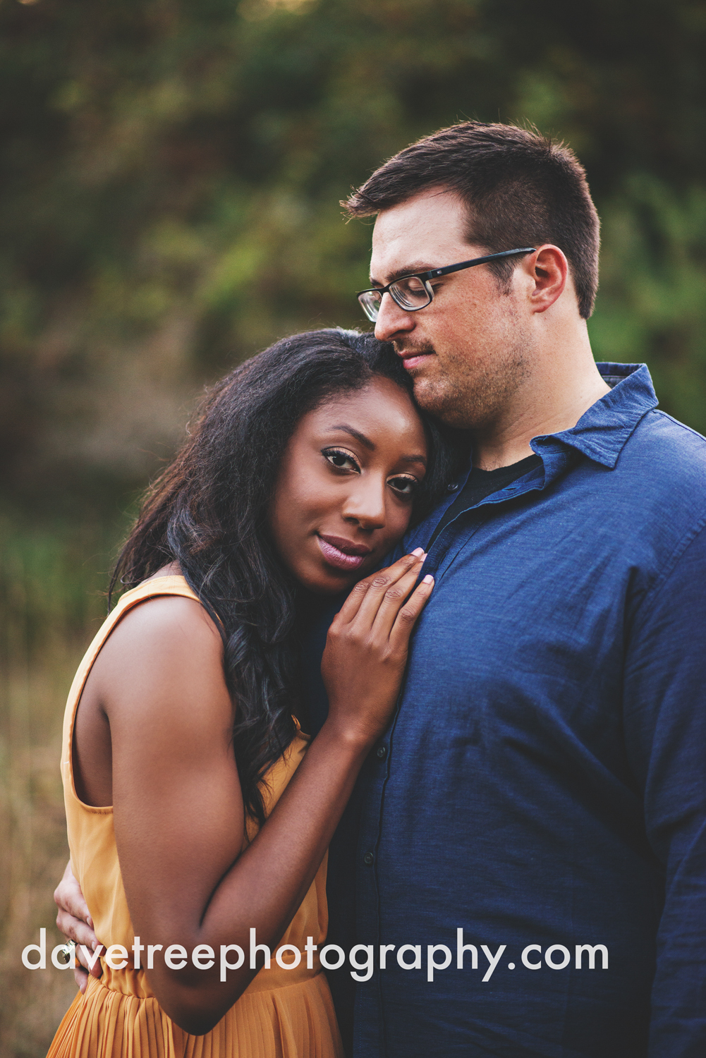 kalamazoo_wedding_photographer_kalamazoo_engagement_photographer_18.jpg