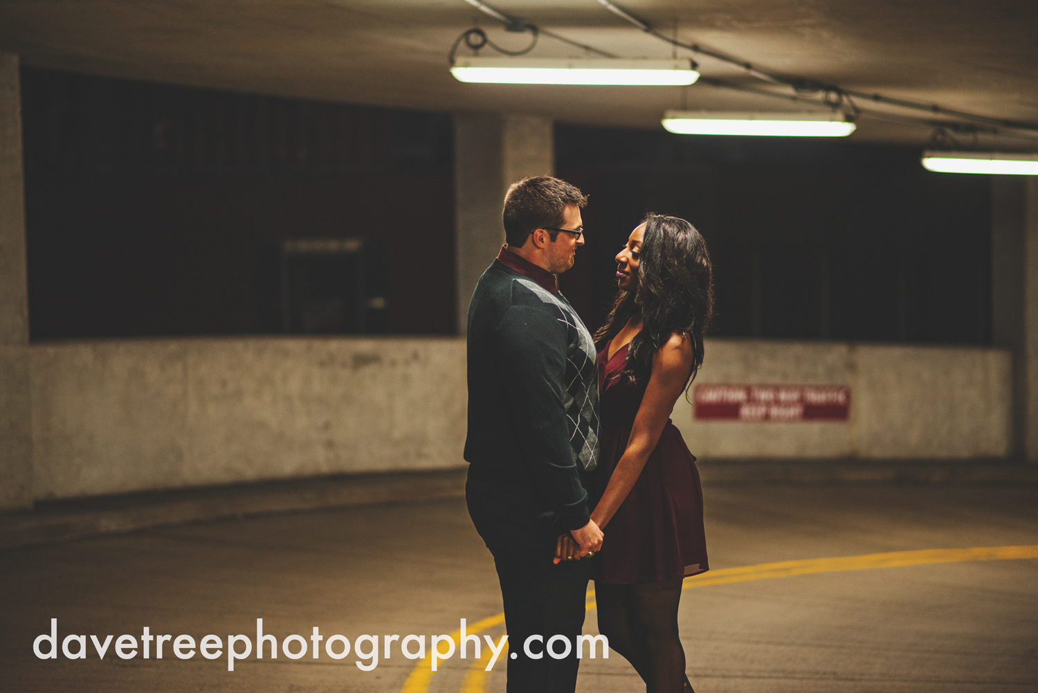 kalamazoo_wedding_photographer_kalamazoo_engagement_photographer_19.jpg