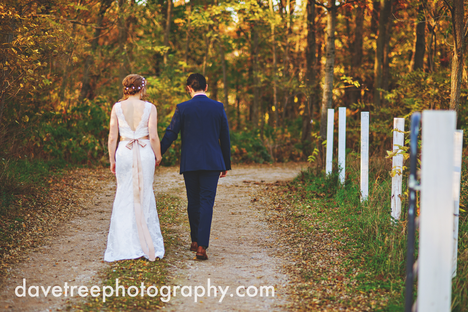 benton_harbor_wedding_photographer_blue_dress_barn_13.jpg