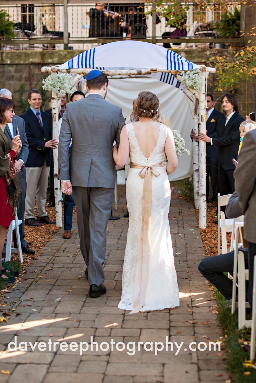 benton_harbor_wedding_photographer_blue_dress_barn_21.jpg