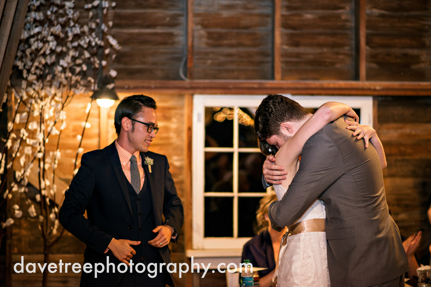 benton_harbor_wedding_photographer_blue_dress_barn_117.jpg