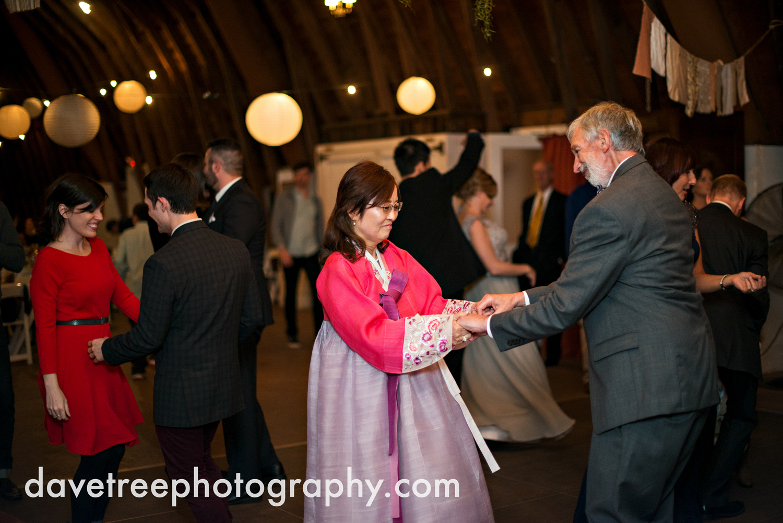 benton_harbor_wedding_photographer_blue_dress_barn_44.jpg
