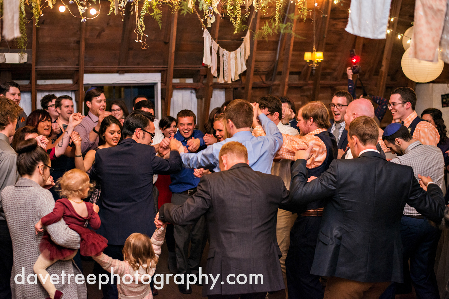 benton_harbor_wedding_photographer_blue_dress_barn_57.jpg
