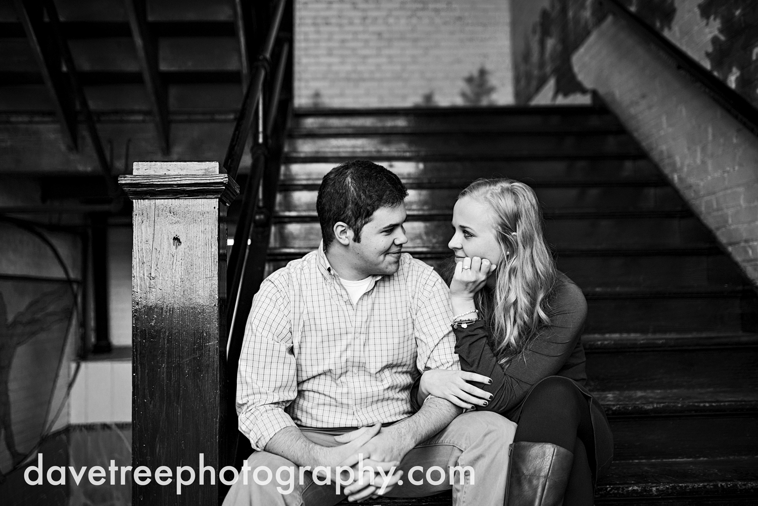 kalamazoo_engagement_photographer_314.jpg