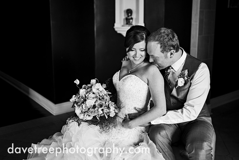 loft310_wedding_photographer_kalamazoo_wedding_photographer_307.jpg