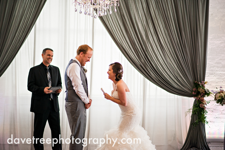 loft310_wedding_photographer_kalamazoo_wedding_photographer_327.jpg