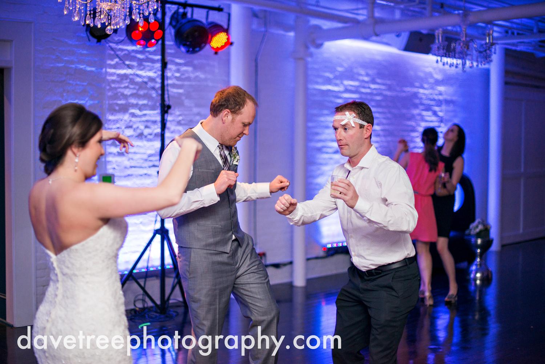 loft310_wedding_photographer_kalamazoo_wedding_photographer_373.jpg