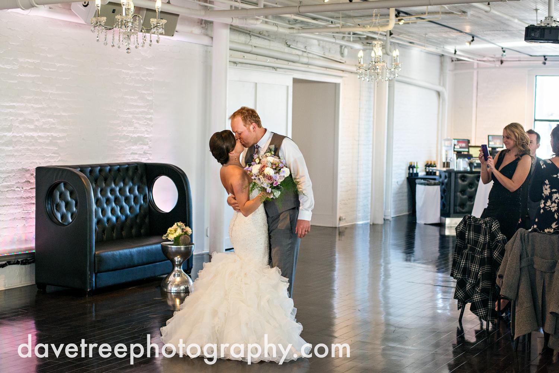 loft310_wedding_photographer_kalamazoo_wedding_photographer_381.jpg