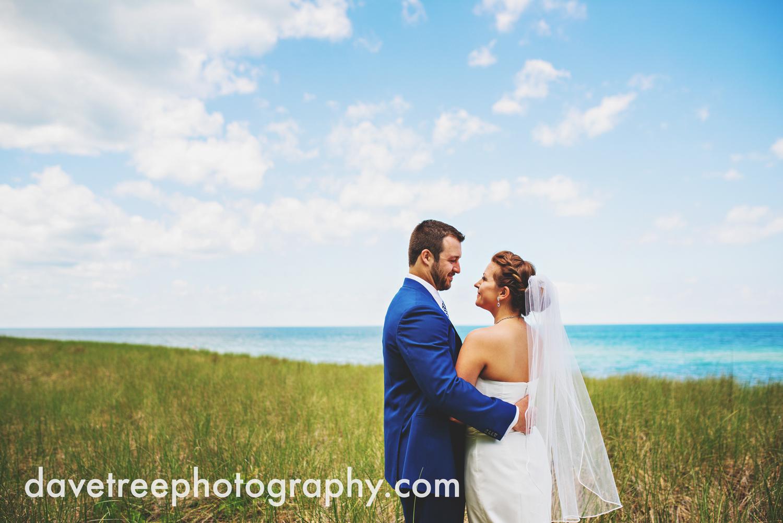michigan_vineyard_wedding_photographer_davetree_photography_307.jpg