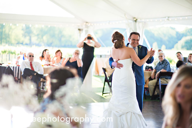 michigan_vineyard_wedding_photographer_davetree_photography_442.jpg