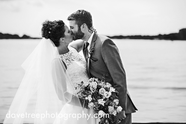 brooklyn_wedding_photographer_brooklyn_michigan_146.jpg