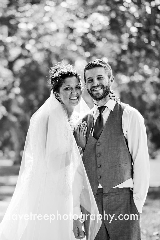 brooklyn_wedding_photographer_brooklyn_michigan_140.jpg