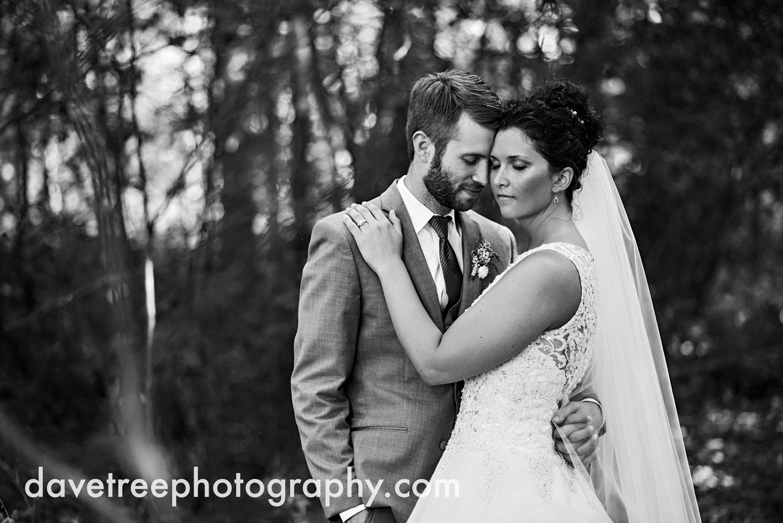brooklyn_wedding_photographer_brooklyn_michigan_144.jpg