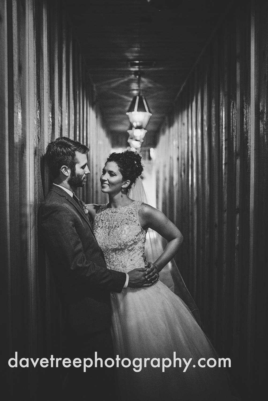 brooklyn_wedding_photographer_brooklyn_michigan_136.jpg