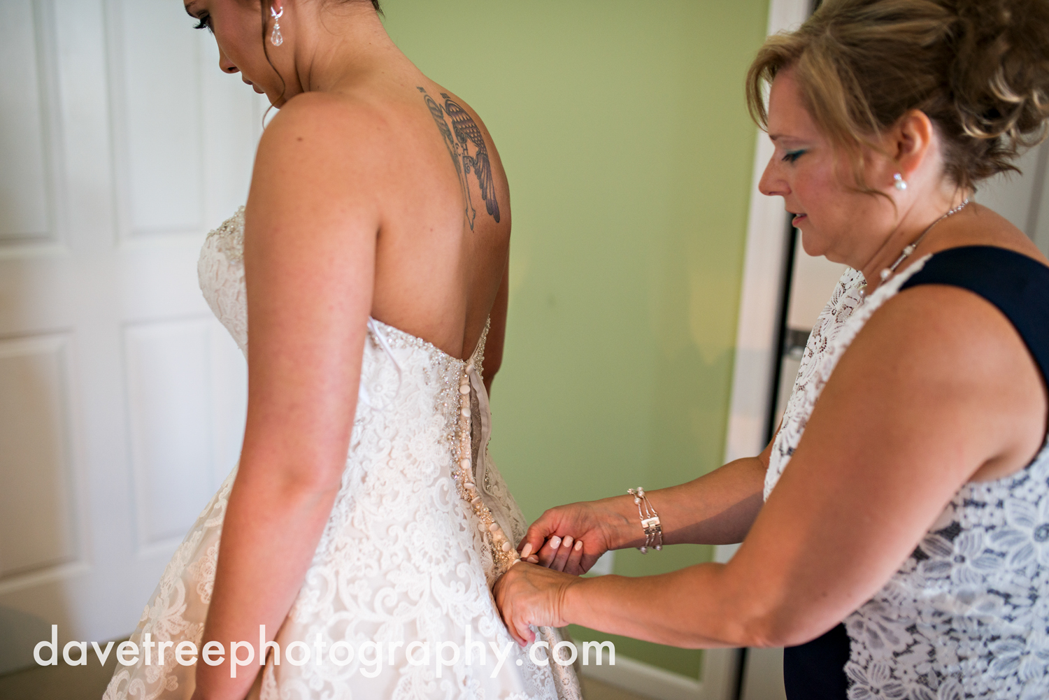 veranda_wedding_photographer_st_joseph_wedding_097.jpg