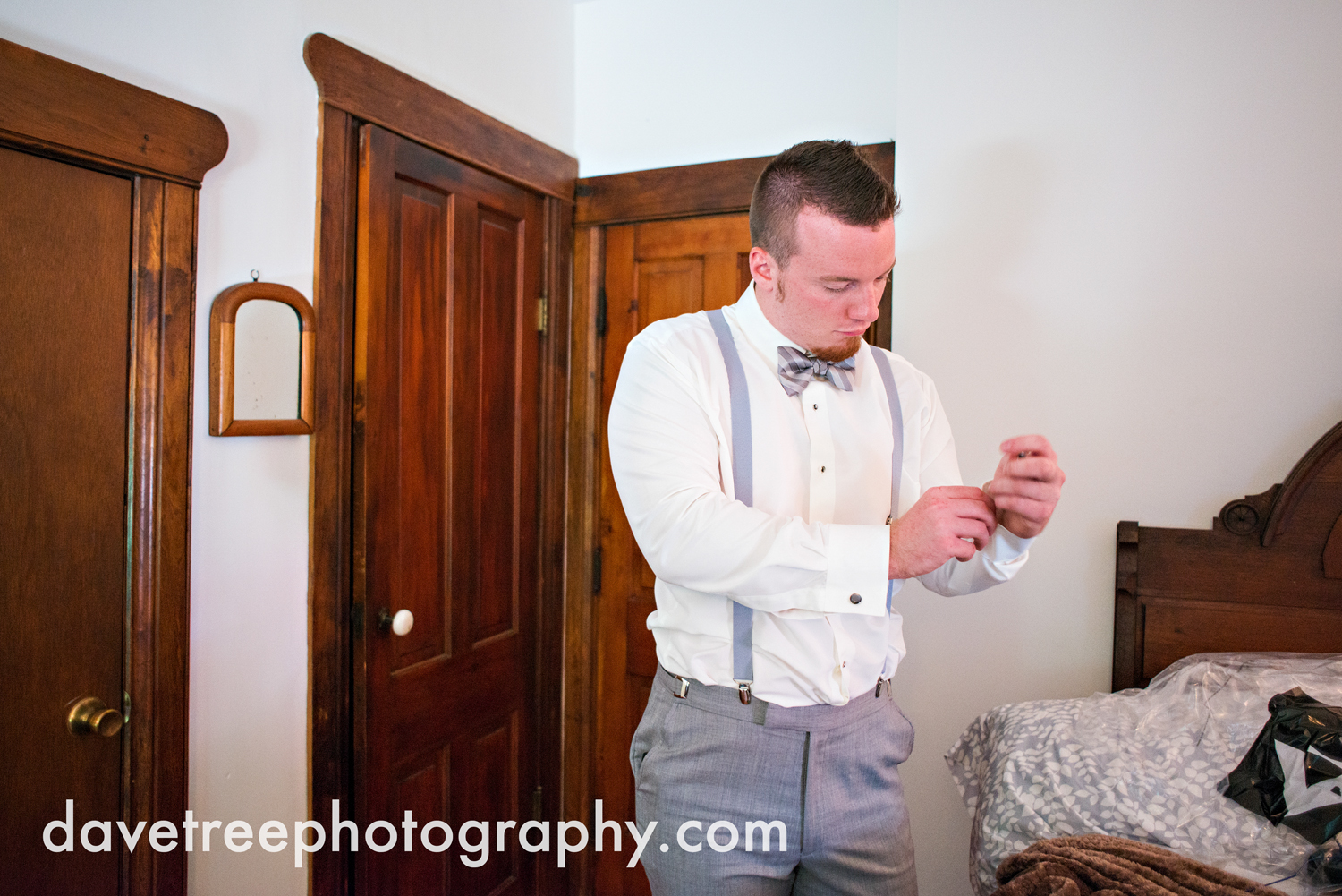 veranda_wedding_photographer_st_joseph_wedding_100.jpg