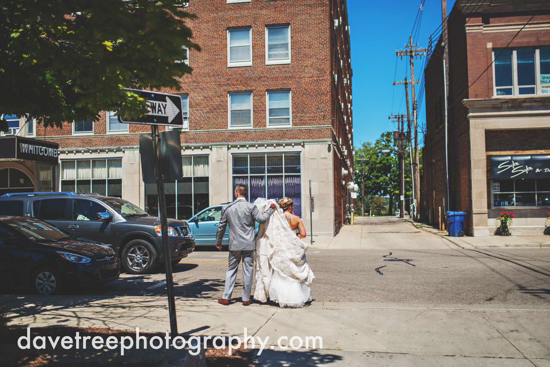 veranda_wedding_photographer_st_joseph_wedding_09.jpg