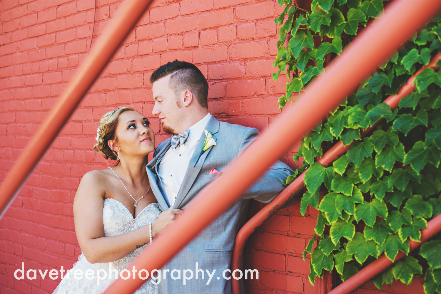 veranda_wedding_photographer_st_joseph_wedding_31.jpg
