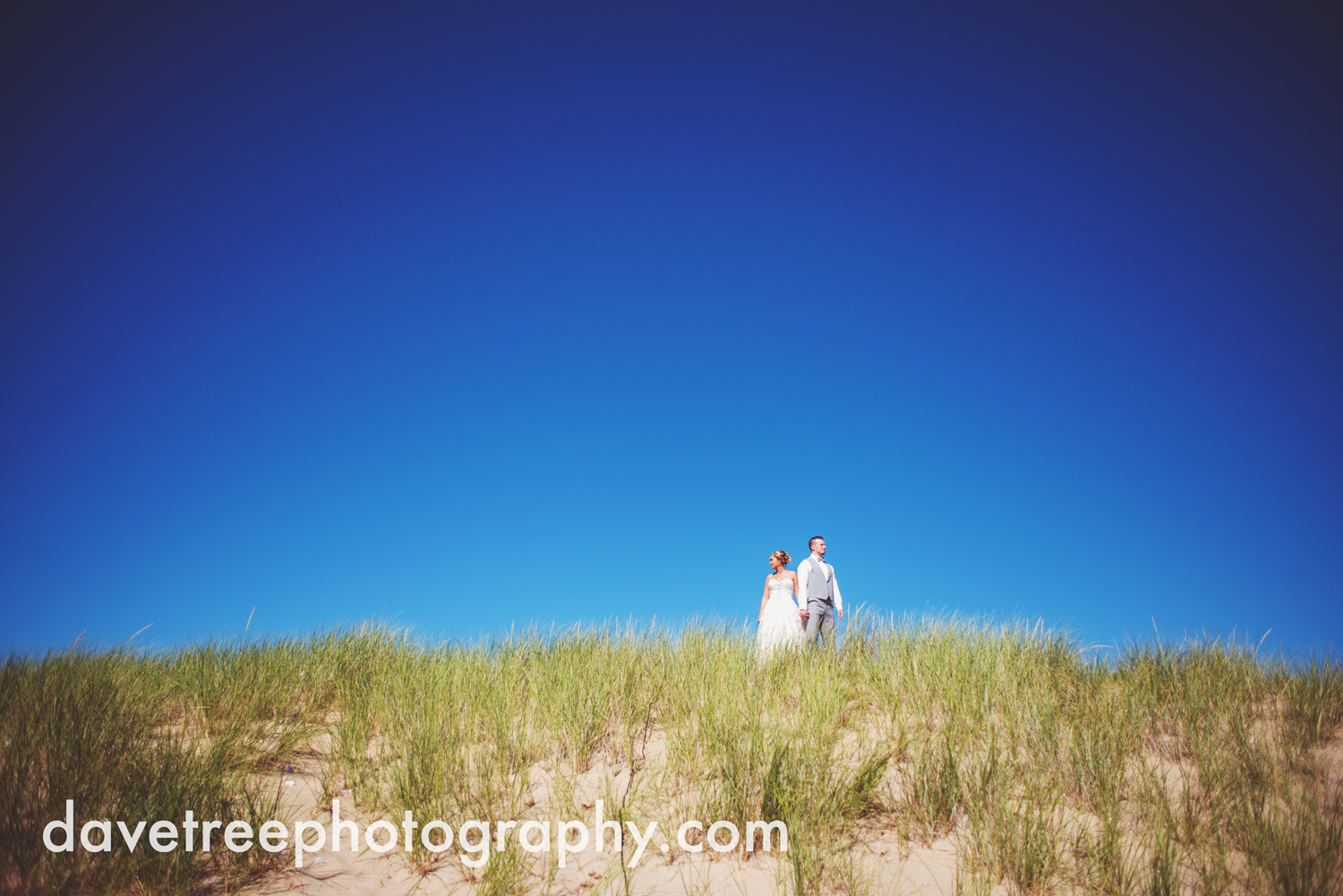 veranda_wedding_photographer_st_joseph_wedding_22.jpg