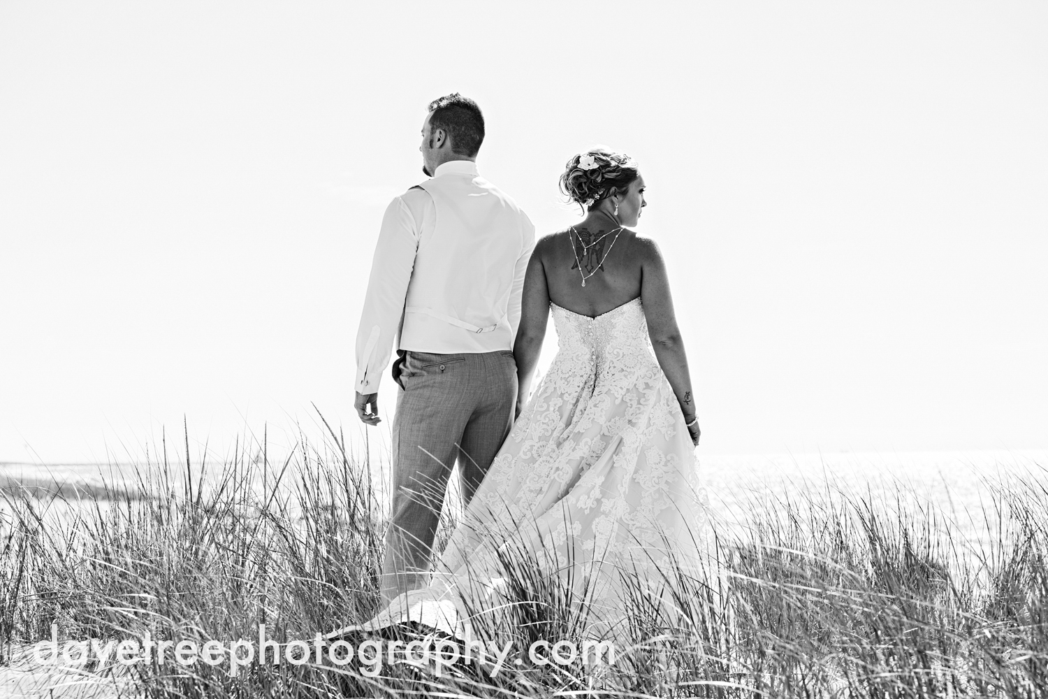 veranda_wedding_photographer_st_joseph_wedding_35.jpg
